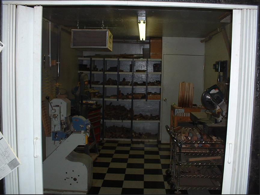 Shop_4.jpeg